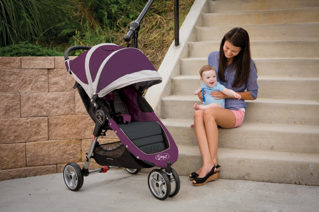 10 Best Strollers Around The World