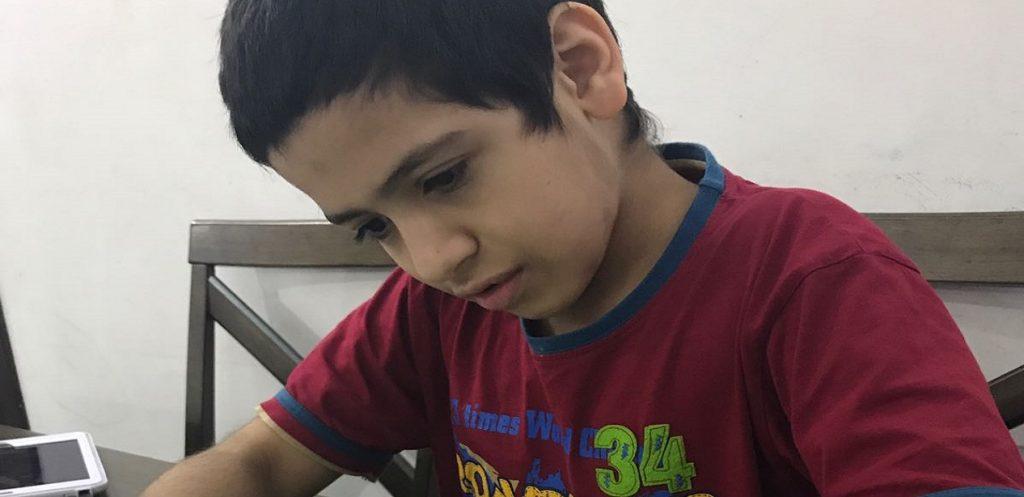 تجربة أم عبد الرحمن: العلامات المبكرة لاضطراب التوحد