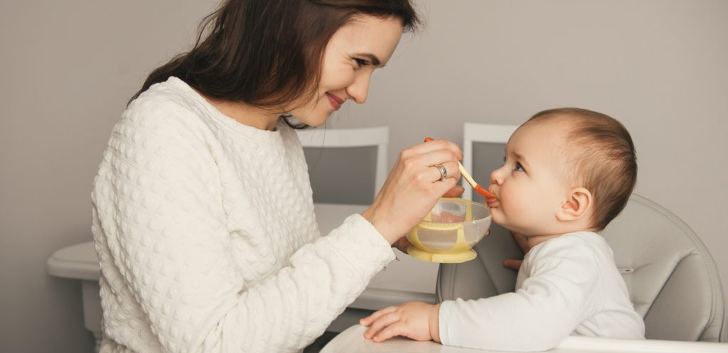 How to Transition from Breastfeeding to Solids?