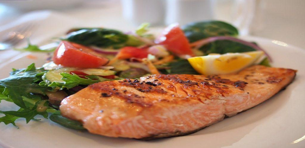 9 منتجات تمد الجسم بفيتامين B12