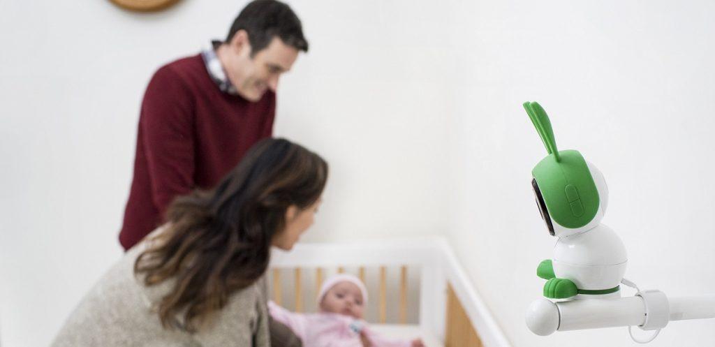5 أجهزة مراقبة الأطفال يمكنك التحكم بها عن بعد