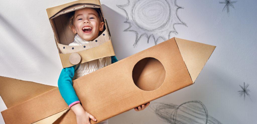 كيف تؤثر الألعاب على ابداع صغيري؟