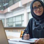 ما هي الوظائف الجديدة المتوقعة للنساء في السعودية؟