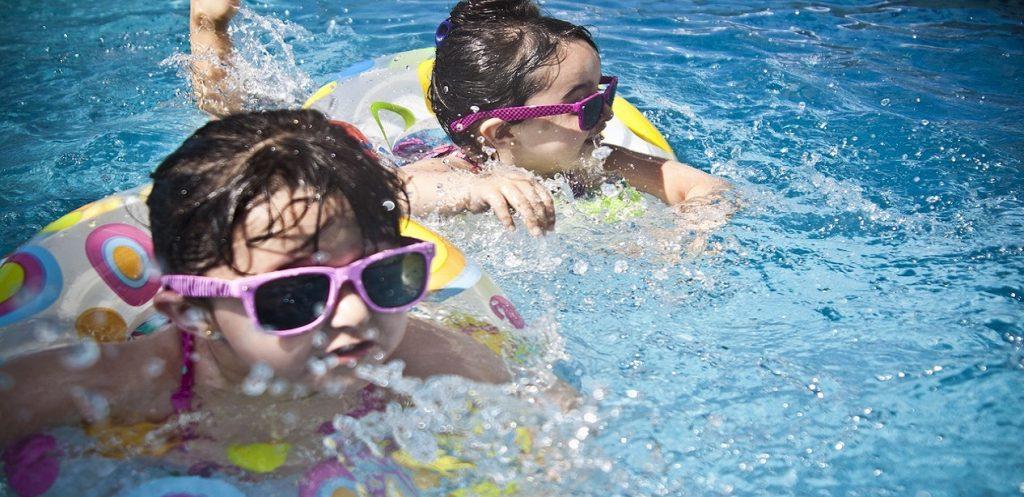 5 أخطاء تجنبوها لحماية أطفالكم من الغرق!