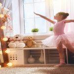 كيف تختارين ملابس باليه مناسبة لطفلتك؟