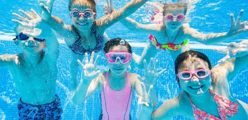 معدات سباحة مميزة للسباحين الصغار