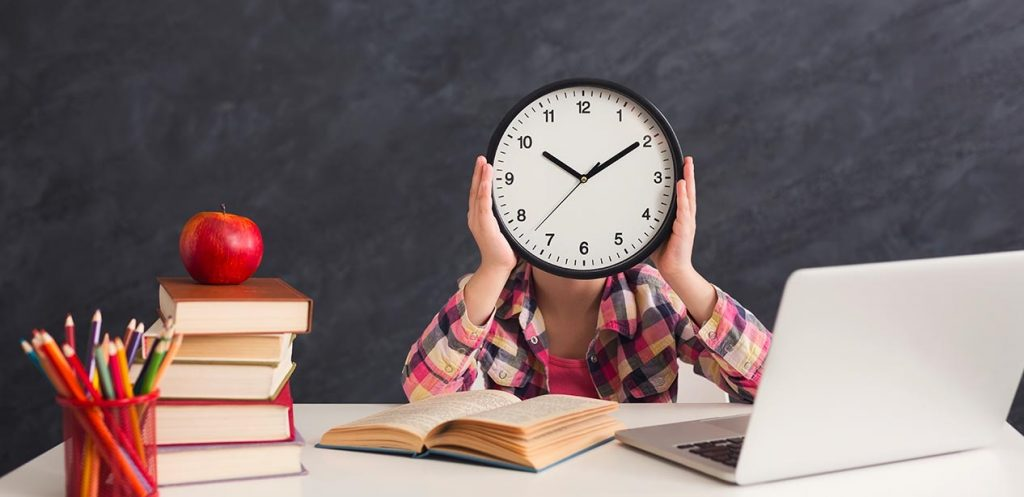 تنظيم الوقت عند الأطفال بين النشاطات والمدرسة