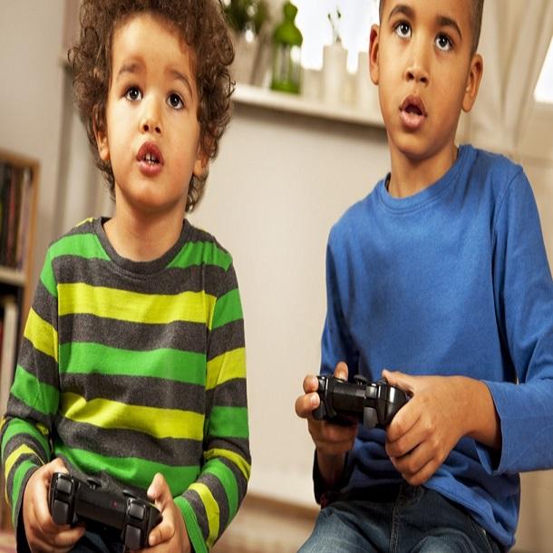 كيف اساعد اطفالي في التخلص من ادمان الالعاب الالكترونية Mumzworld