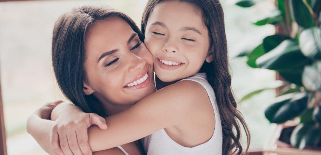 7 أفكار سهلة لتظهري الحب لأطفالك