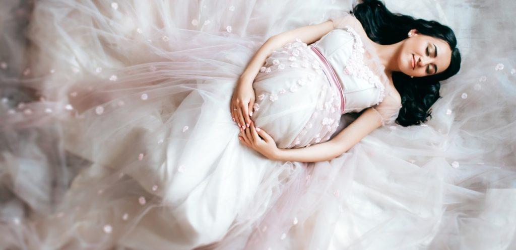 أجمل فساتين حمل في عيد الفطر ٢٠١٩