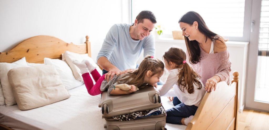 كيف ترتبين شنط السفر لتتسع لأكثر عدد ممكن من الملابس