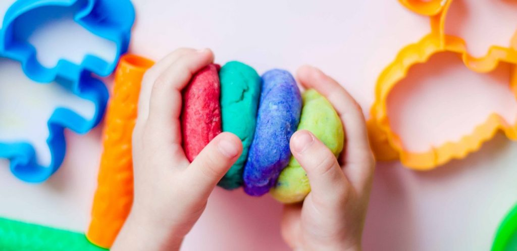 Make Your Own Cloud Dough – A Fun Summer DIY Project