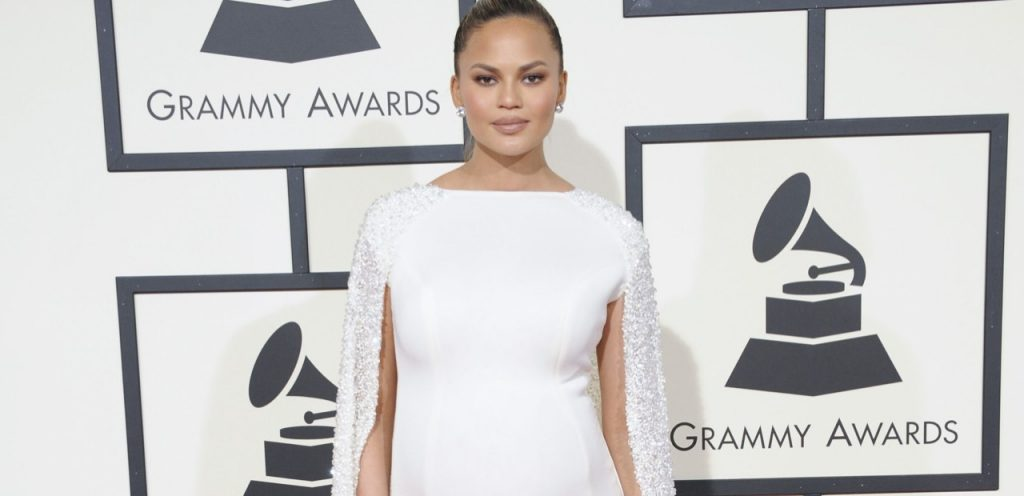 Mum crush of the week! Chrissy Teigen