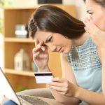 مالية وأمومة: كيف تتصرفين عند حدوث عملية شرائية بدون علمك