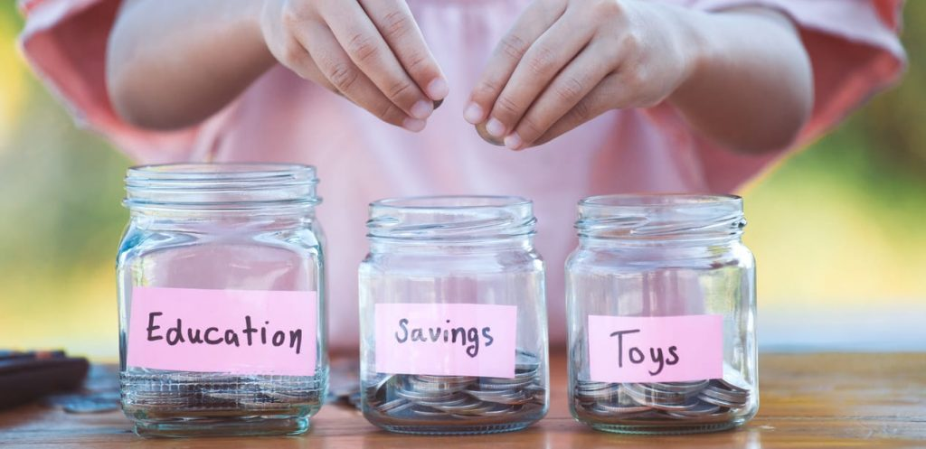 Teach your kids budgeting: Here is how to start!