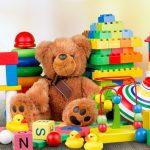 دليلك المتكامل لاختيار ألعاب أطفال لكل الأعمار