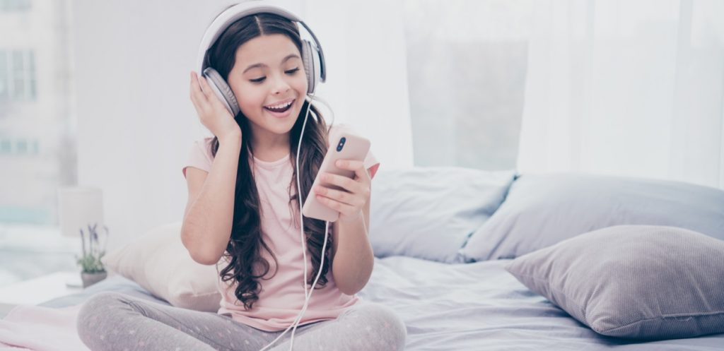 Should I give my child a phone?