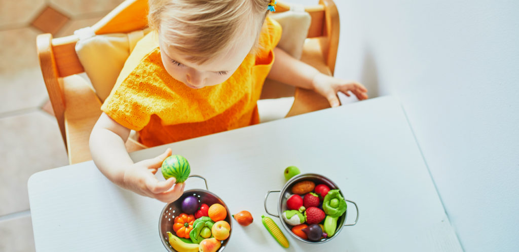 7 Toys that Encourage Children to Eat Healthy Food