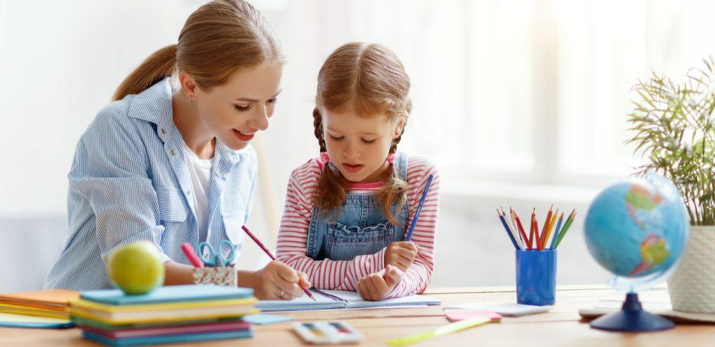 تنمية مهارات الطفل التعليمية قبل العودة للمدارس