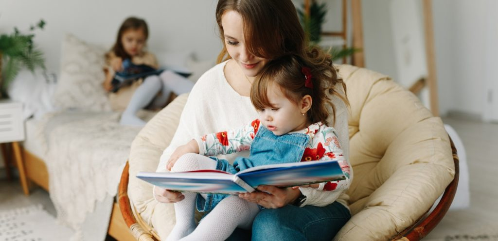 5 أسباب تجعلك تواظبي على القراءة اليومية لطفلك
